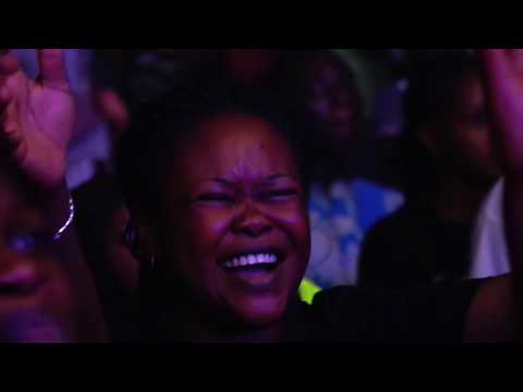 Tim Godfrey - Miracles Everywhere (Official Video)
