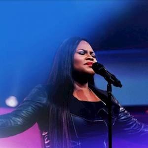 Tasha Cobbs Leonard - Fill Me Up / Overflow (Medley) [MP3, Video and Lyrics]